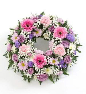 Basking Ridge Florist | Delicate Wreath