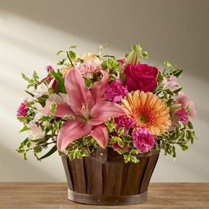 Basking Ridge Florist | Lily Basket