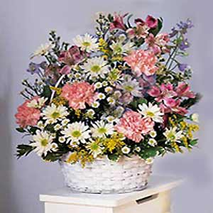 Basking Ridge Florist | Pastel Basket